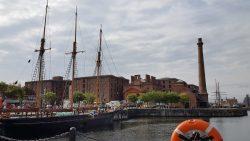 Uitzicht op het Albert Dock in Liverpool
