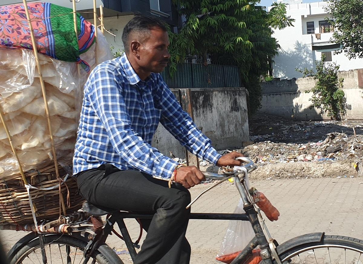 Papadum_fiets_India