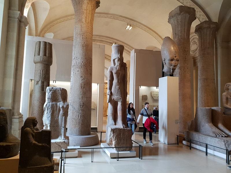 Louvre_Parijs