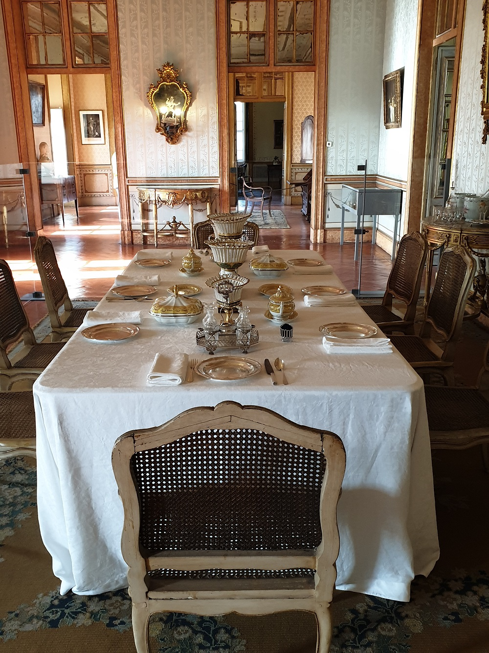 Dining room QUeluz