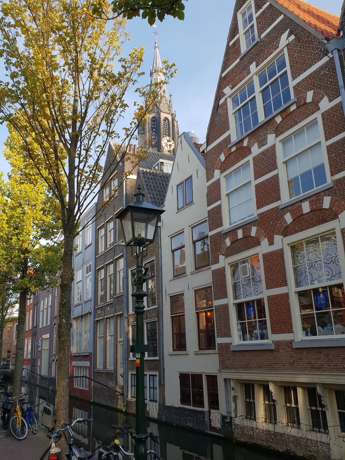 Grachtenpand_Delft_uitjes_Zuid_Holland
