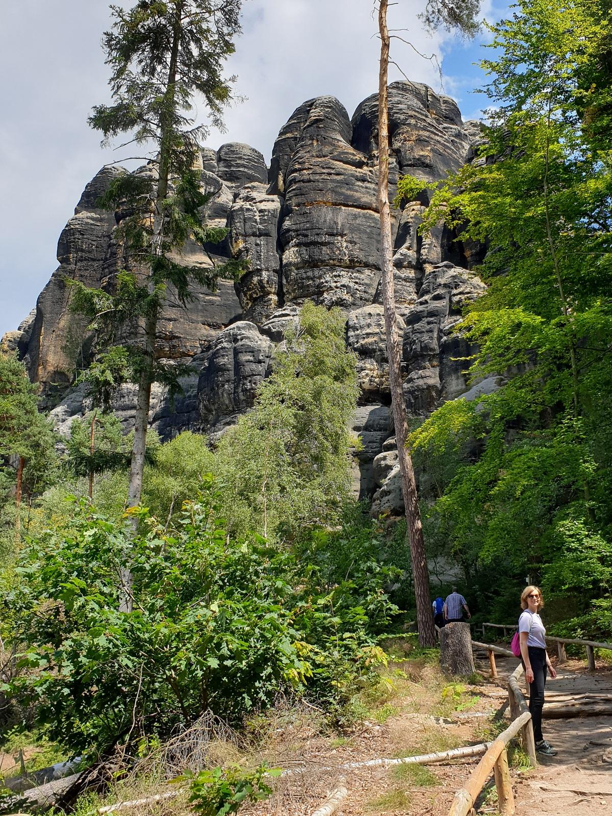 Hiking_Schrammsteine_begin_Sächsische_Schweiz