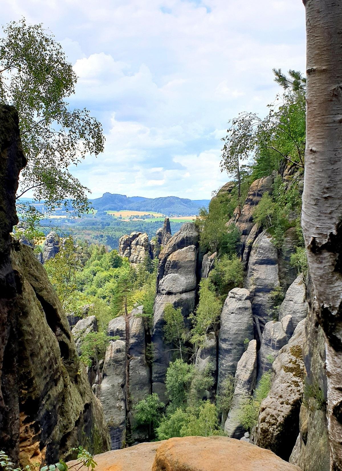 Uitzicht_Schrammsteine_Sächsische_Schweiz