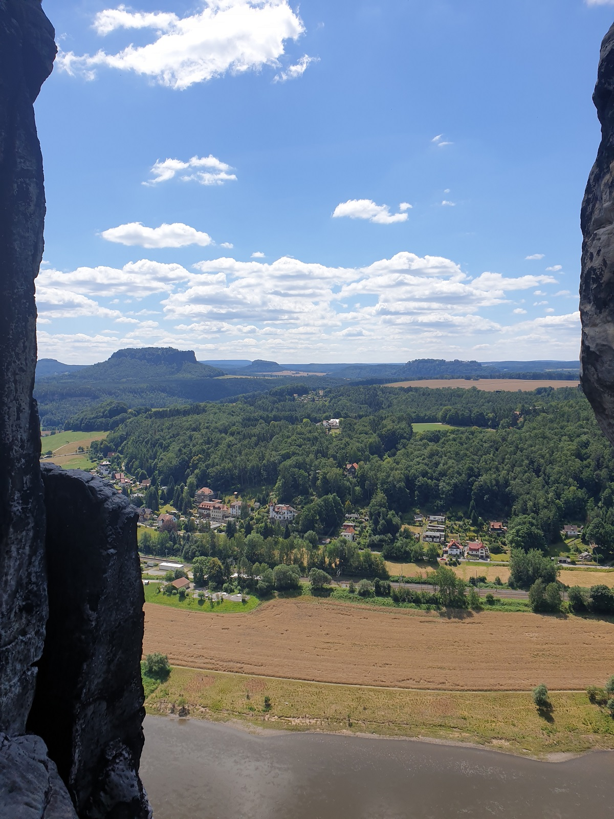 Uitzicht_vanaf_Bastei_Sächsische_Schweiz