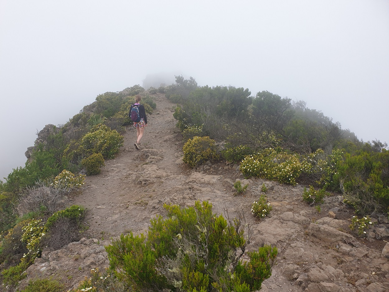 Tenerife_Masca_wandelen_in_de_wolken