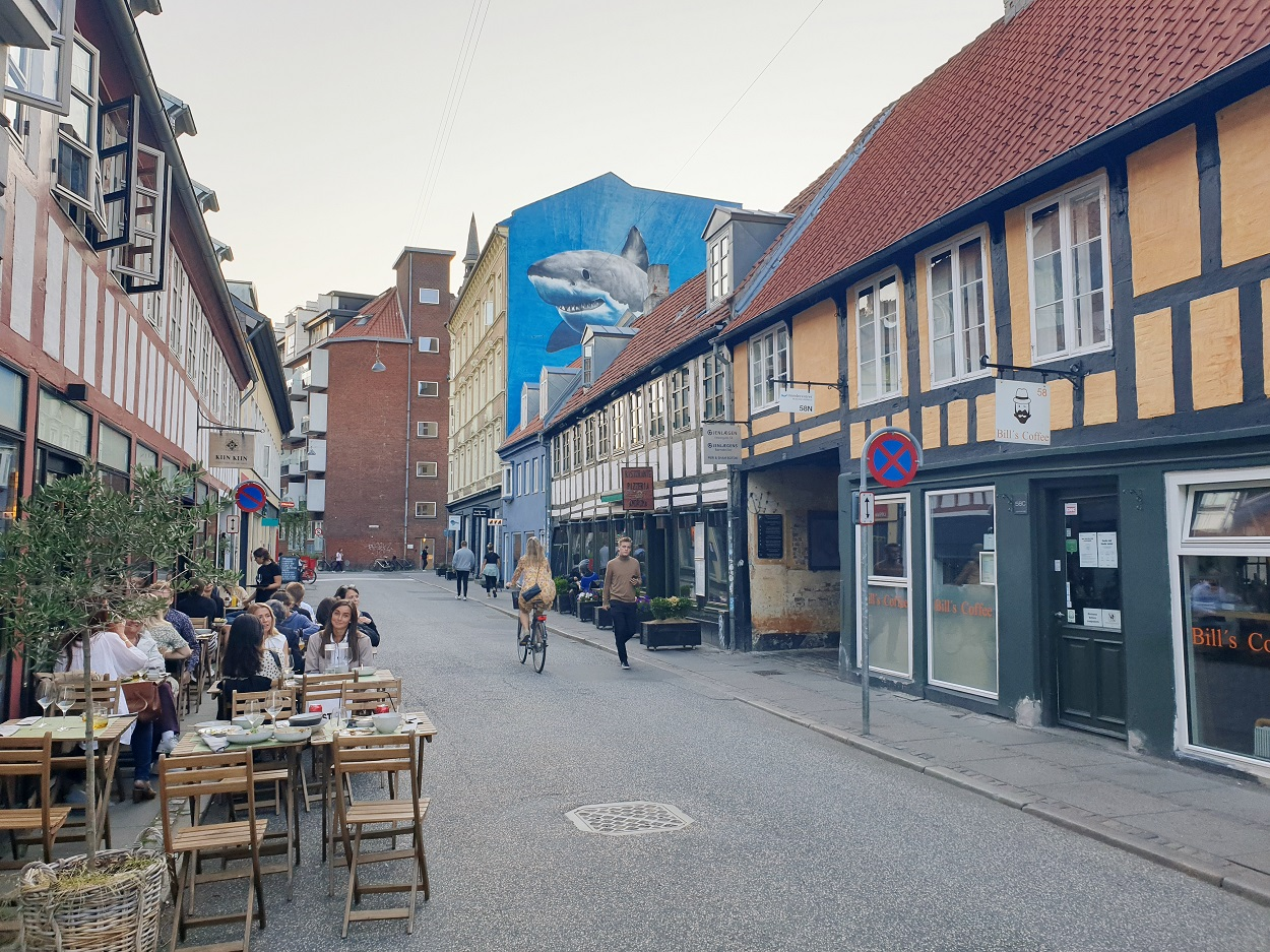 Aarhus_terrasjes_studentenstad